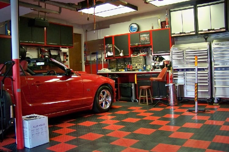How To Choose The Best Garage Flooring Option