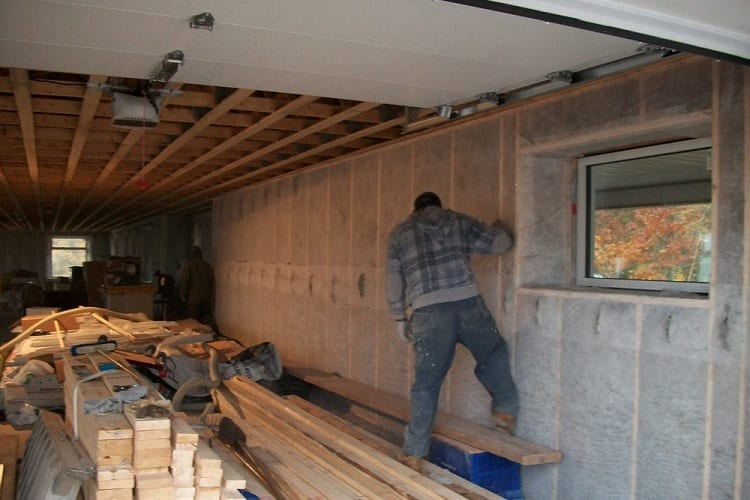 How To Insulate Your Garage Walls